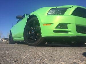 2014 FORD MUSTANG 3.7 ROUSH!! LOW KMS!! RARE LIME GREEN!