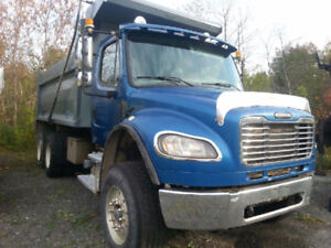 2005 FREIGHTLINER DUMP TRUCK PRICE $ 32,000 OR $ 55,000 FIXED