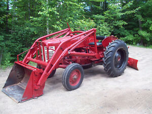 International tractor with loader 1952