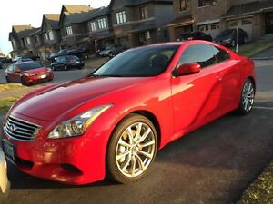 2010 Infiniti G37 sport coupe  ONLY 26000km