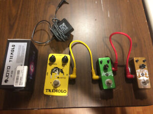 Guitar effects - 3 pedals,patch cords, power supply