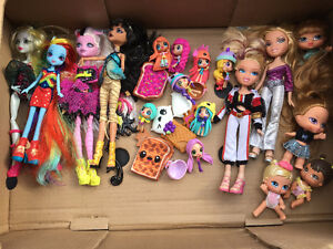 Monster High & Bratz