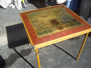 VINTAGE RARE CARD TABLE