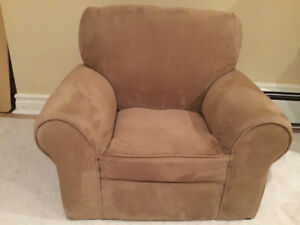 Kids Microfiber Anywhere Chair- mint condition