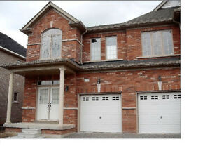 LUXURY 3 bedrooms house for rent  Newmarket great location