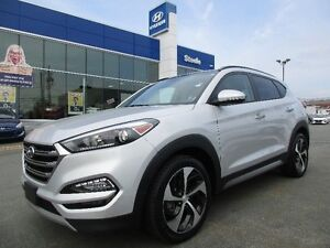 2017 Hyundai TUCSON 1.6T Turbo AWD SE Backup camera leather Sunr