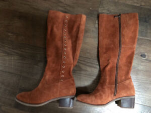 Hush Puppies Women's Suede Boots