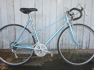vélo de route vintage elvish roue 27 1/4 bonne condition
