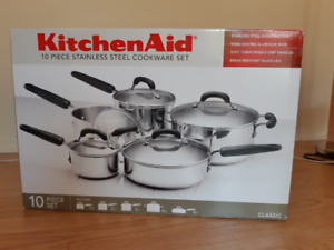 Kitchen Aid-Classic, cookware set of 10 pieces stainless steel.