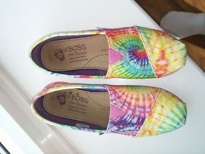 girls clothing and shoes London Ontario image 1