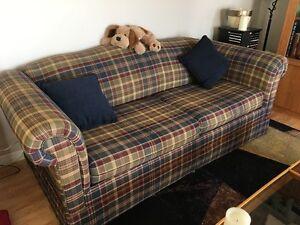 Divant lit et fauteuil