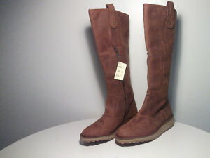 WiNTER BOOTS NEW  WOMEN'S LONDON FLY Size 40