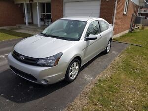 2009 FORD FOCUS ONLY 35,000 KM