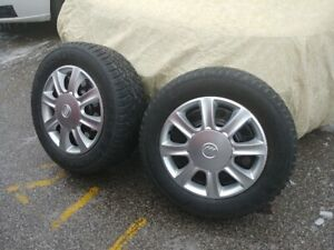 LIKE NEW SNOW TIRES GERNERAL ALTIMAX ARCTIC ON RIMS 225/60R 16