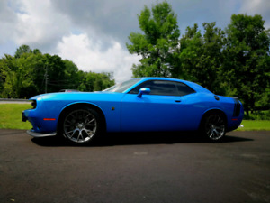 2016 Challenger scat with shaker