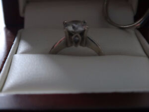 Stunning 1 ct. Solitaire Engagement Ring with Band