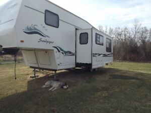 5th wheel camper 32 ft Forest River Sandpiper