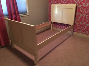 Twin Bed - Head & Foot Board with Frame