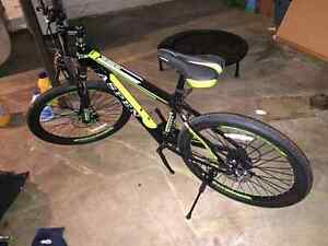 Brand NEW Aspen 21 Speed mountain bike!!!