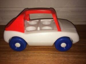 Petite voiture Little Tikes en excellent état