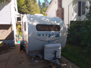 19 foot; MPG Trailer with Pop Out