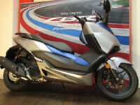 Honda NSS125A Forza Scooter