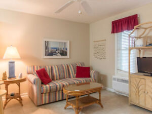 Terrific Beach Getaway! Great Location! Sleeps 2!