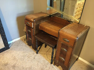 FREE Antique Vanity w/mirror and bench