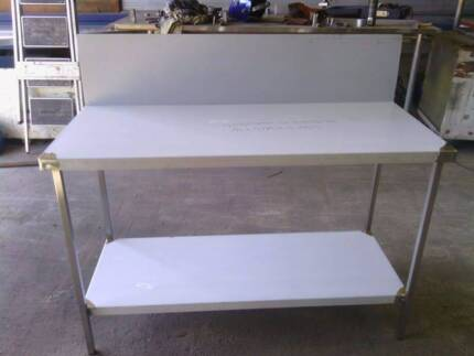 Stainless Steel bench 1400x600x900 high With 300 Splash back