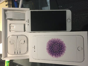 Iphone 6 Excellent Conditon Almost New - With Box & accessories