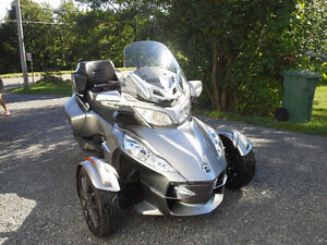 CAN-AM Spider RT-S 2013