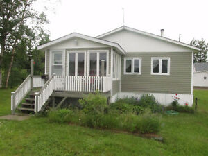 2 bedroom house in Botwood for rent