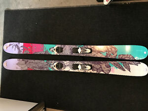 Womens K2 powder skis