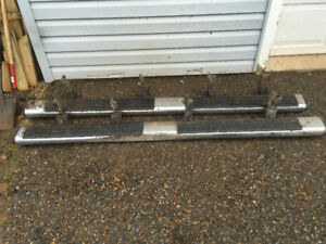 Side steps for chevy truck