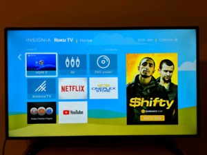 "Insignia 1080p 40"" Roku Smart TV"