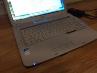 Acer 5920 laptop perfect working order just needs a battery, charger included windows vista home