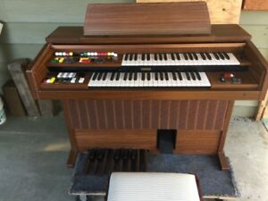 Yamaha Electone Organ with Piano Bench