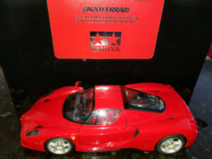 1:12 Tamiya Ferrari Enzo Collectors Club Special Red