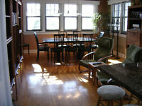 Fully furnished loft near Queen's, all-inclusive & upscale