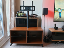Cantaliver tv stand unit