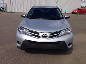 2015 Toyota RAV4 VUS - excellente condition ! 28,500 km