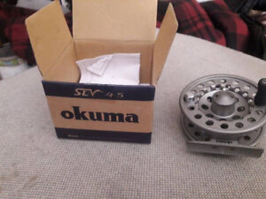 fly reel  70 $ firm
