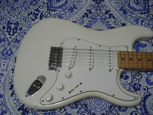 THREE GREAT GUITARS - ALL FOR $ 300.00 - IN LEGAL.