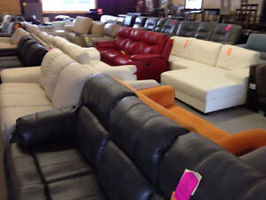 Quality Loveseats - We Pay the HST Cambridge Kitchener Area image 9