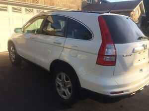 2011 Honda CRV SUV, (sold temporarily pending pickup)