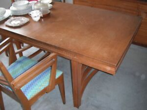 50's style dining room set - good condition