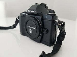 Olympus OM-D E-M5 in mint condition