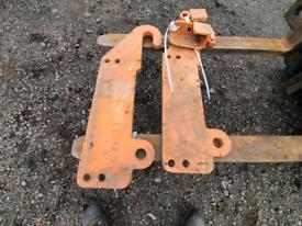 Pair of tractor telehandler loader bracket jcb ??