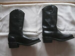 Dayton Boots - NEW NEVER WORN.
