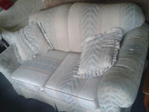 Affordable Couches Loveseats at the Meetinghouse! Windsor Region Ontario image 6
